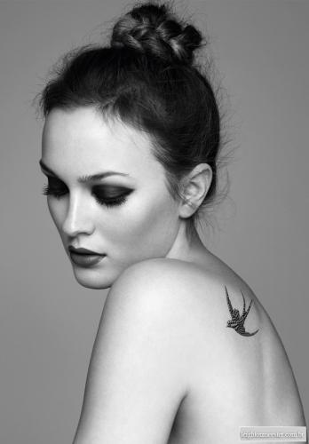 idee-tatouage-hirondelle-leighton-meester.jpg